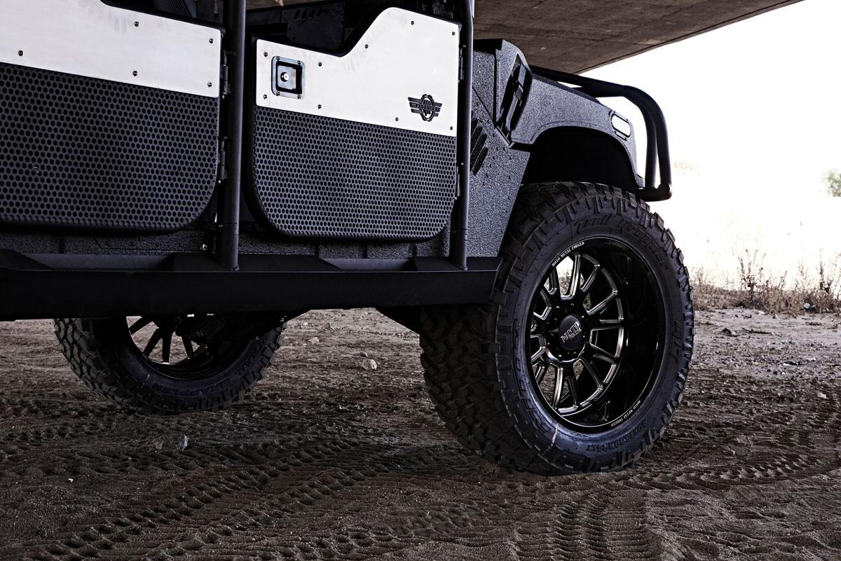Hummer H1 Moto Metal MO401 Wheels