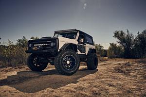 Ford Bronco w MotoMetal MO979 Wheels & 38 Mickey Thompson Tires (4)