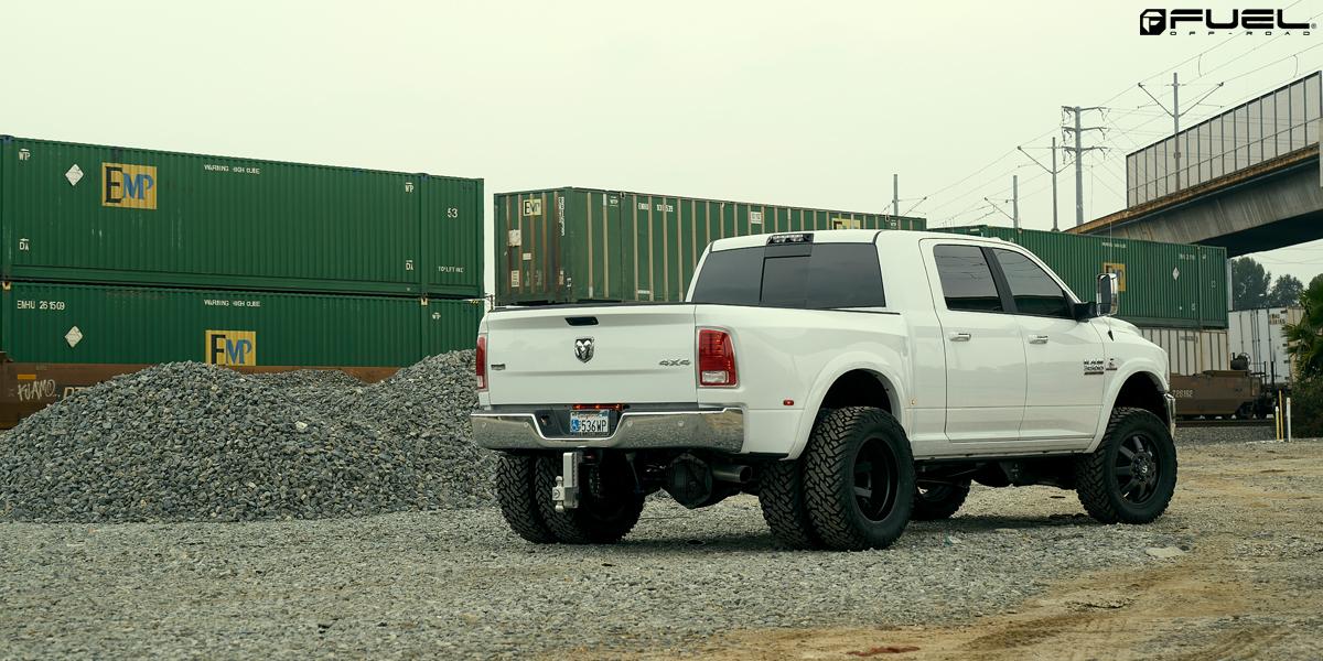 """Dodge Ram 3500 w 20"""" Fuel Maverick – D538 Wheels & 35"""" Tires"""
