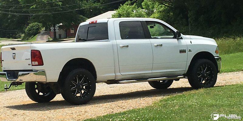 Dodge Ram 2500 20x9 Fuel Maverick D538 Wheels