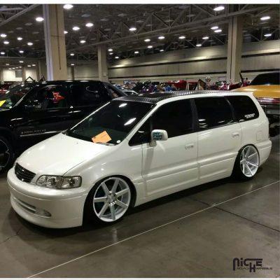 Honda Odyssey 20x9 Niche Verona M151 Wheels