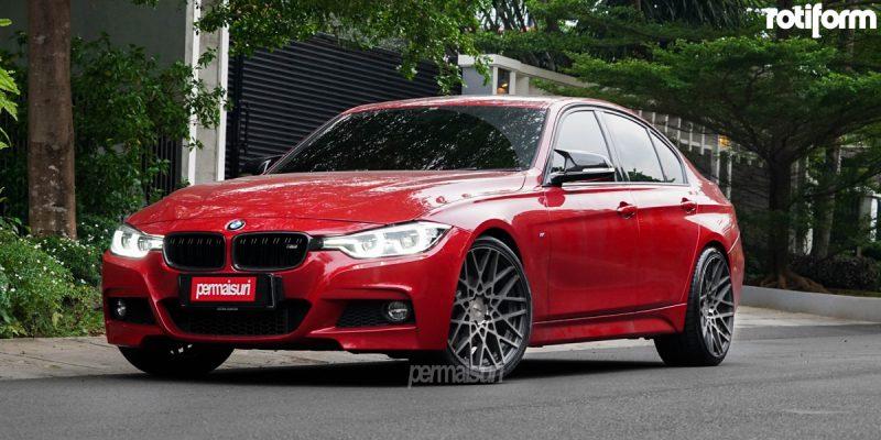 BMW 330i 20 Rotiform BLQ Wheels