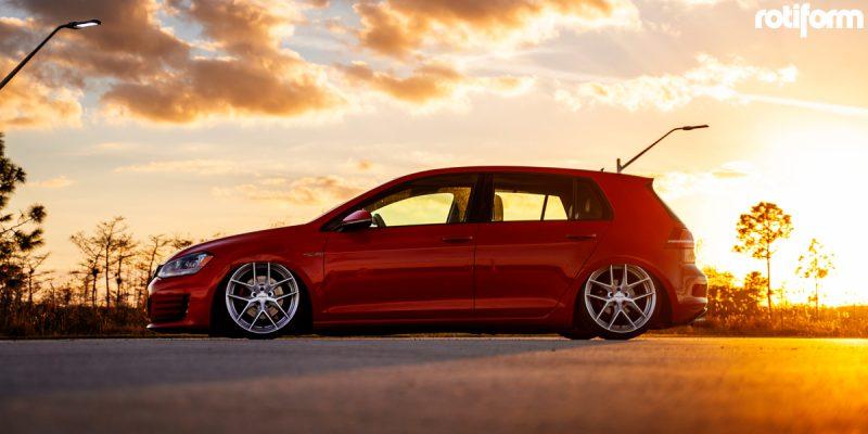 Volkswagen GTI 19 Rotiform FLG Wheels