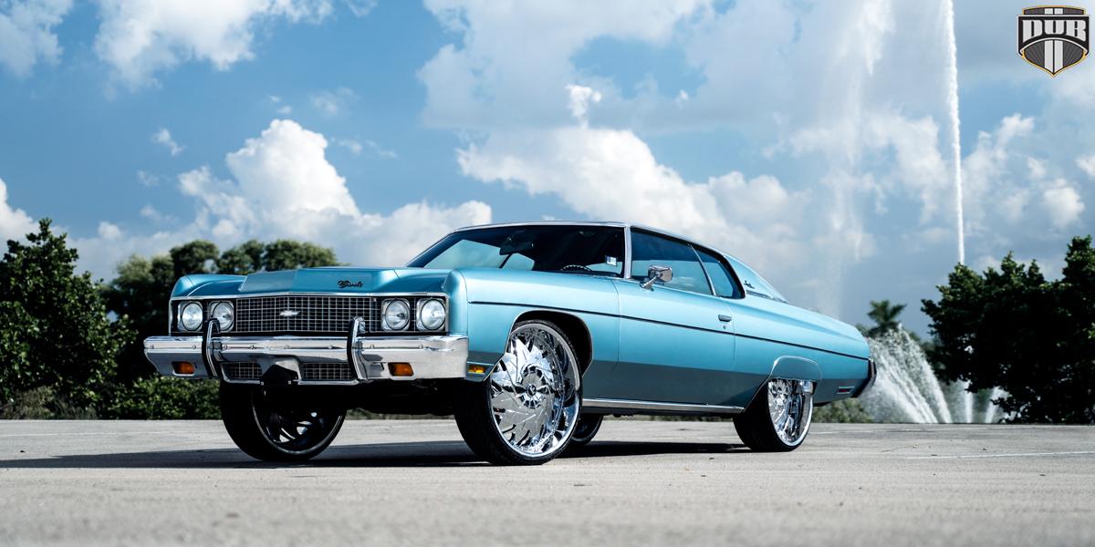 Chevrolet Impala 26 DUB Dazr XA20 Wheels