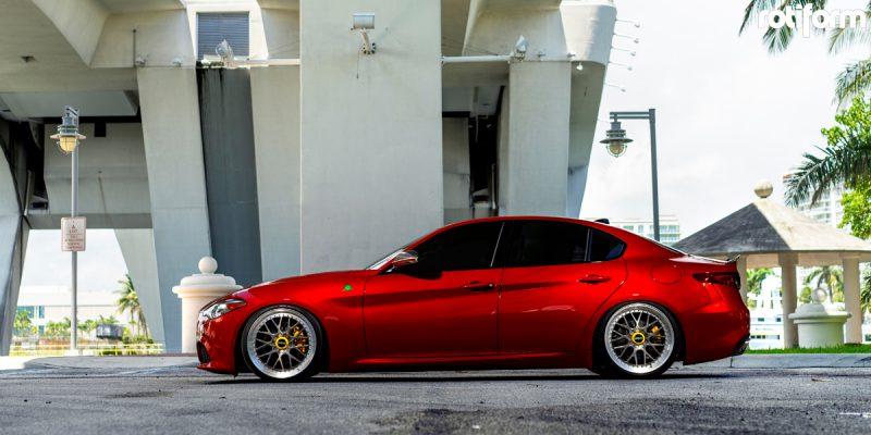 Alfa Romeo Giulia 20x9 Rotiform RSE Wheels