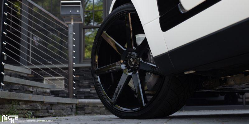 Nissan Skyline 24x10 Niche Verona M168 Wheels