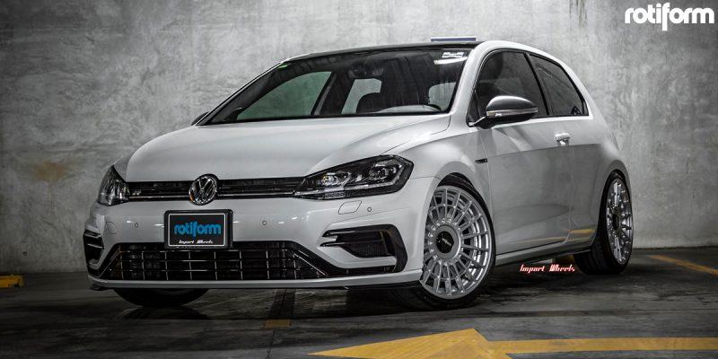 Volkswagen Golf R 19 Rotiform LAS-R Wheels