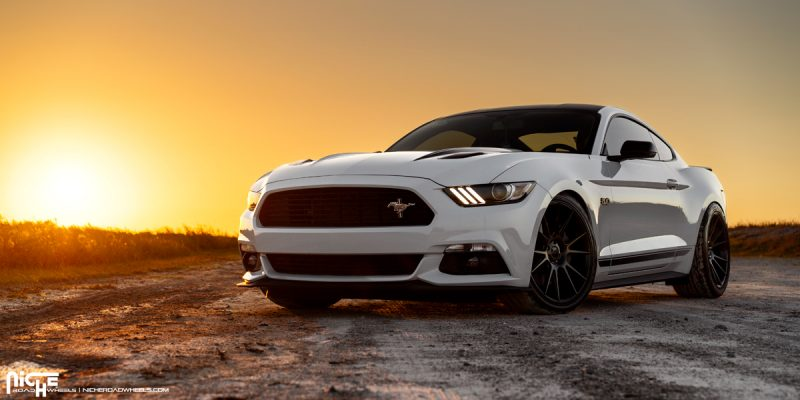 Ford Mustang 20x9 Niche Vicenza M152 Wheels
