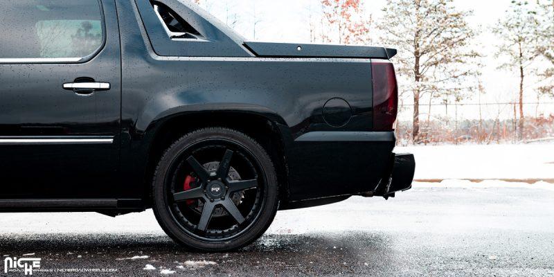 Cadillac Escalade ESV 22 Niche Altair M192 SUV Wheels