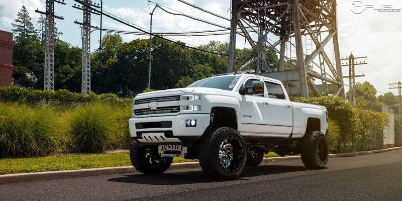 Chevrolet Silverado 2500 HD 24 Fuel Cleaver D240 Wheels