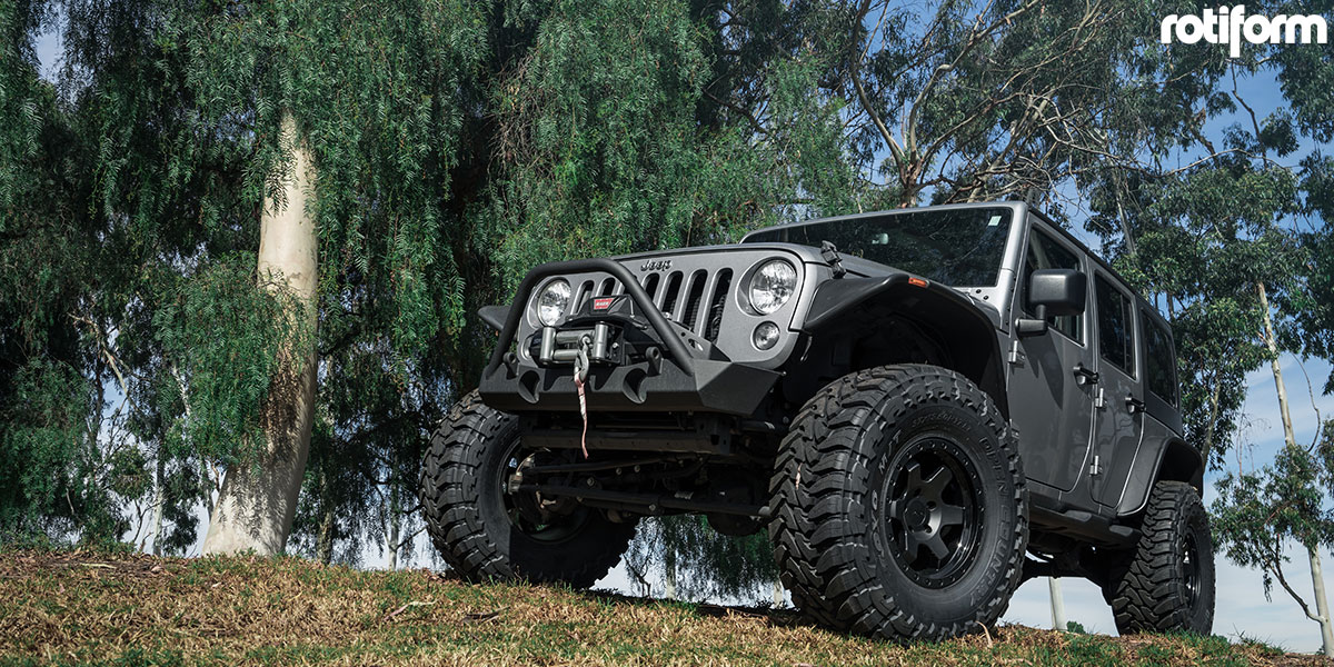 Jeep Wrangler 17x9 Rotiform SIX-OR Wheels