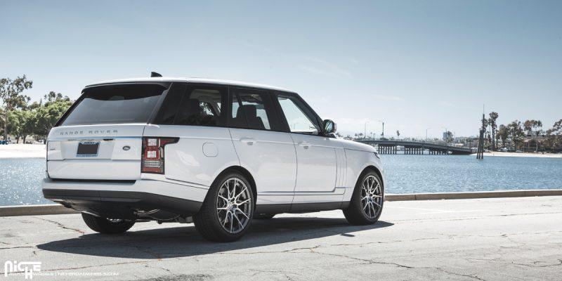 Land Rover Range Rover 21 Niche Staccato Wheels