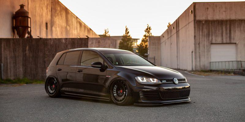 Volkswagen GTI Rotiform CCV Wheels