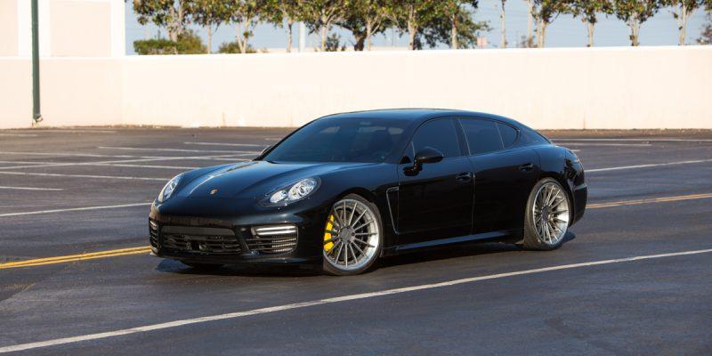 Porsche Panamera Rotiform DUS Wheels