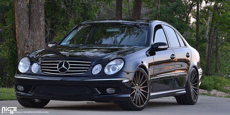 Mercedes-Benz AMG E55 20x10 Niche Form M158 Wheels