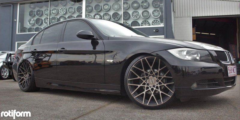 BMW 3-Series 20x10 Rotiform BLQ Wheels
