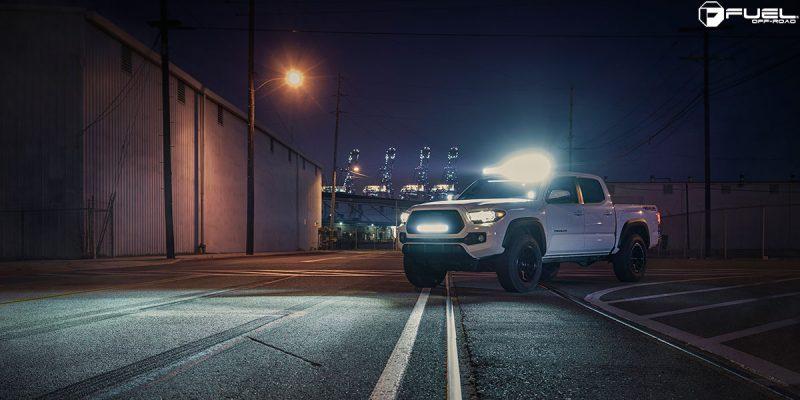 Toyota Tacoma 18x9 Fuel Vector D579 Wheels