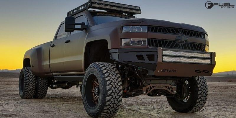 Chevrolet Silverado 3500 HD 22x8.5 Fuel Hostage II Dually Rear D232 Wheels
